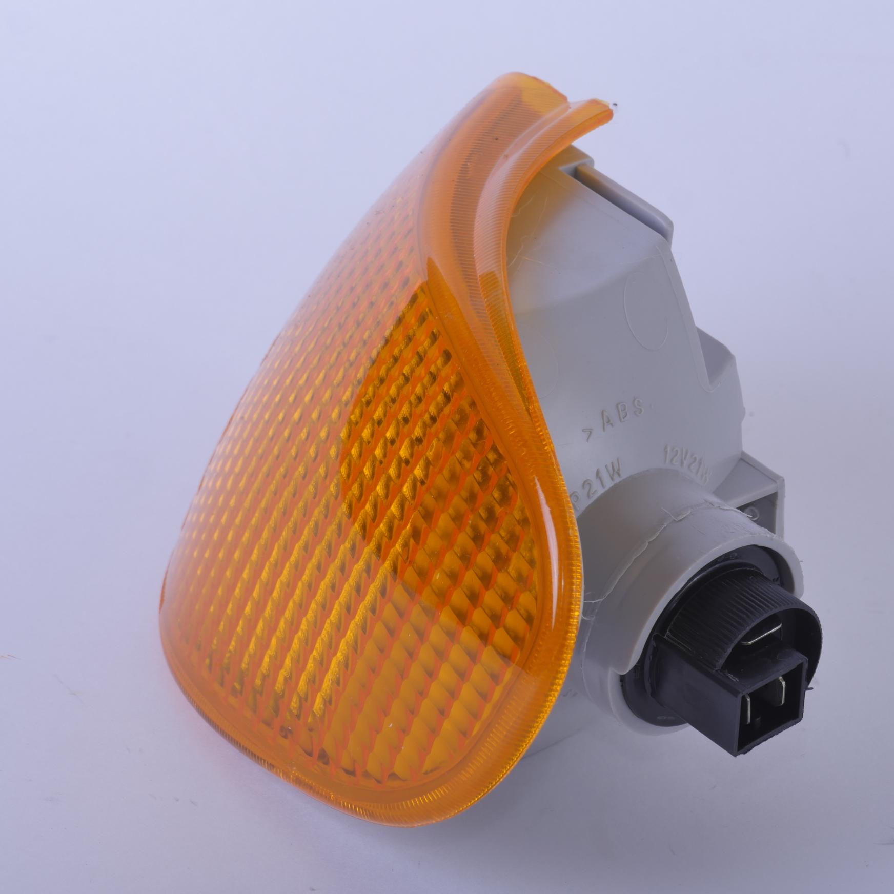 Указатель поворота LADA Samara правый (оранжевый)