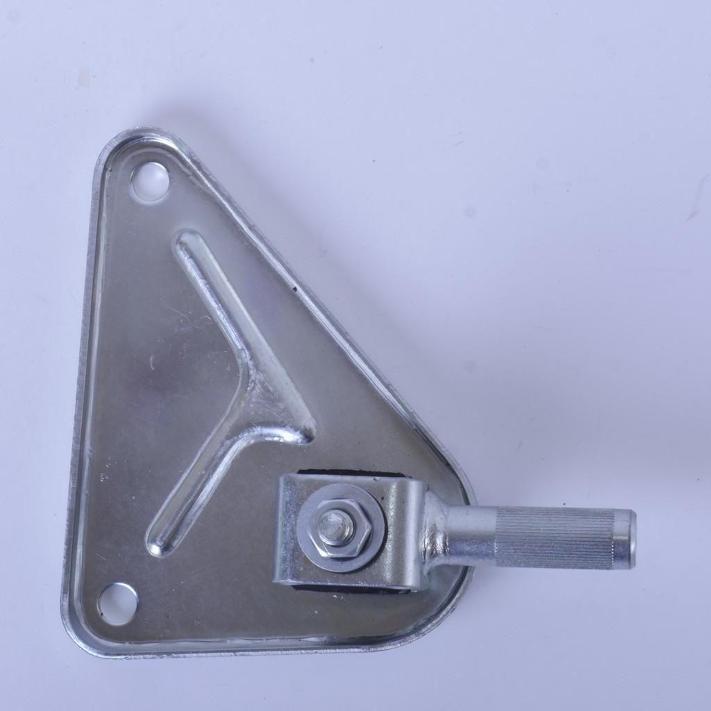 Шарнир реактивной тяги ВАЗ-2110 … -2112 с кронштейном