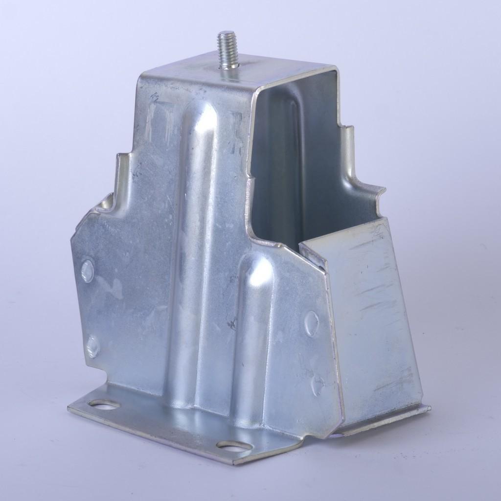 Кронштейн заднего бампера ВАЗ-2113, -2114 правый