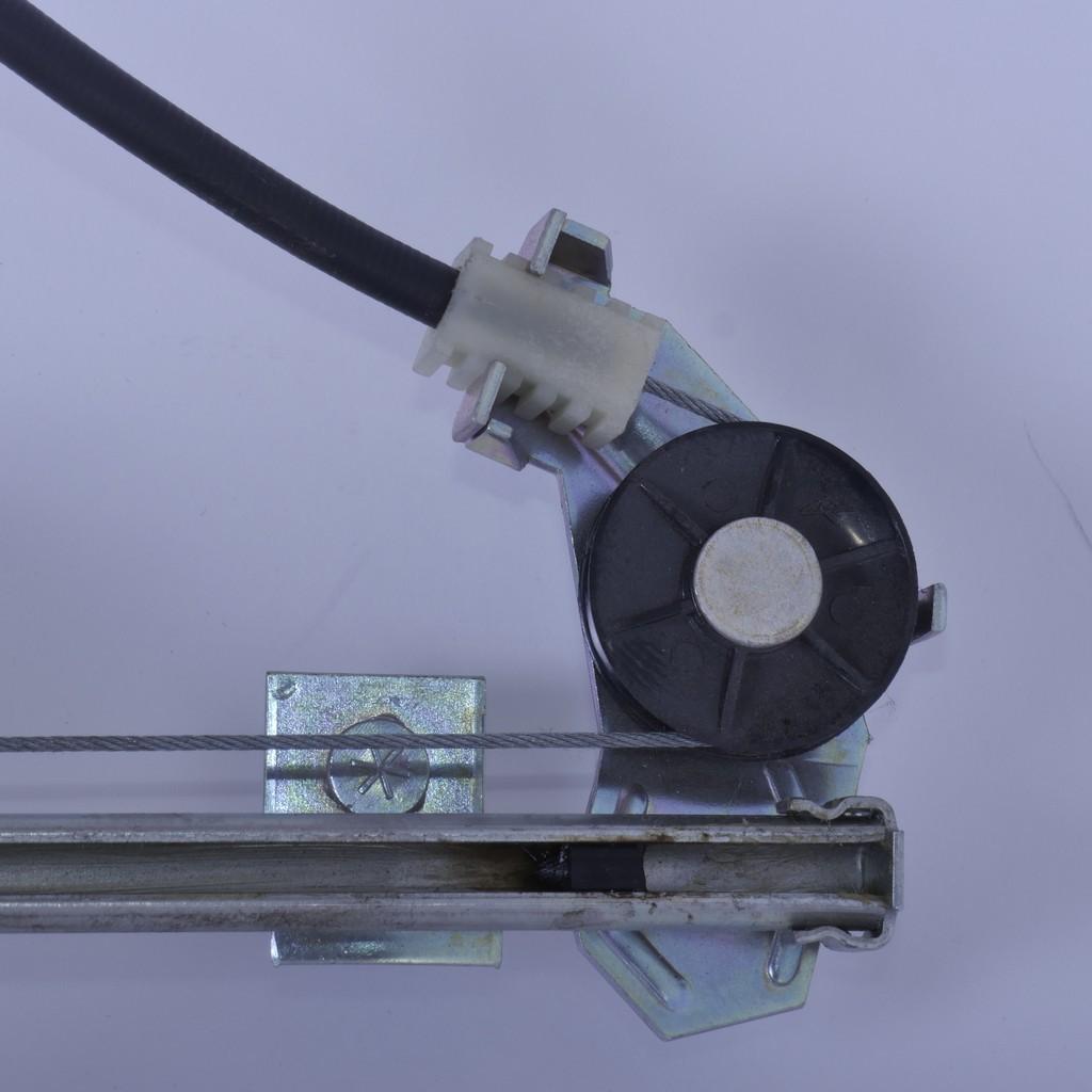 Стеклоподъемник ВАЗ-2109 передний правый механический