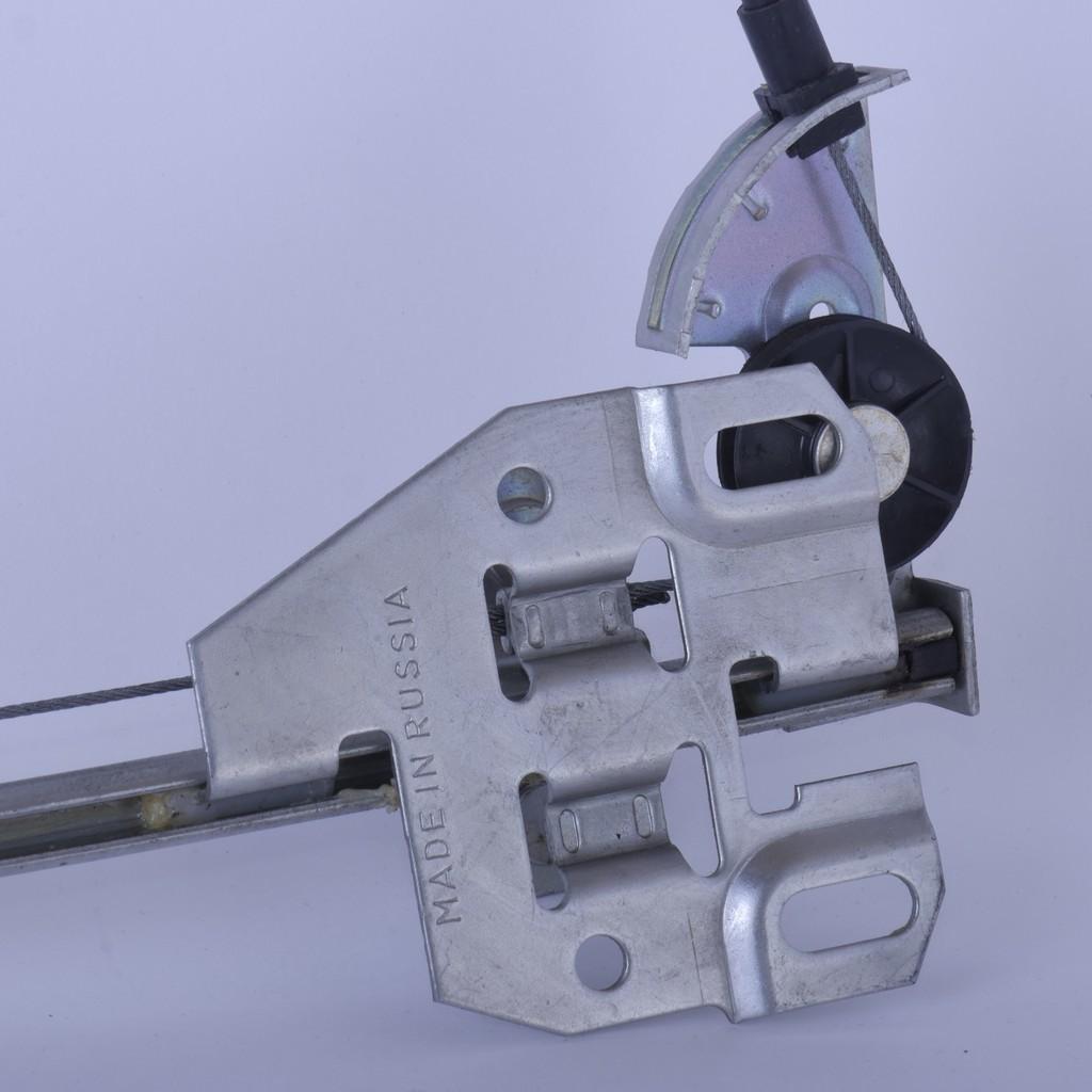 Стеклоподъемник ВАЗ-2109, -21099, -2114 и -2115 задний правый механический