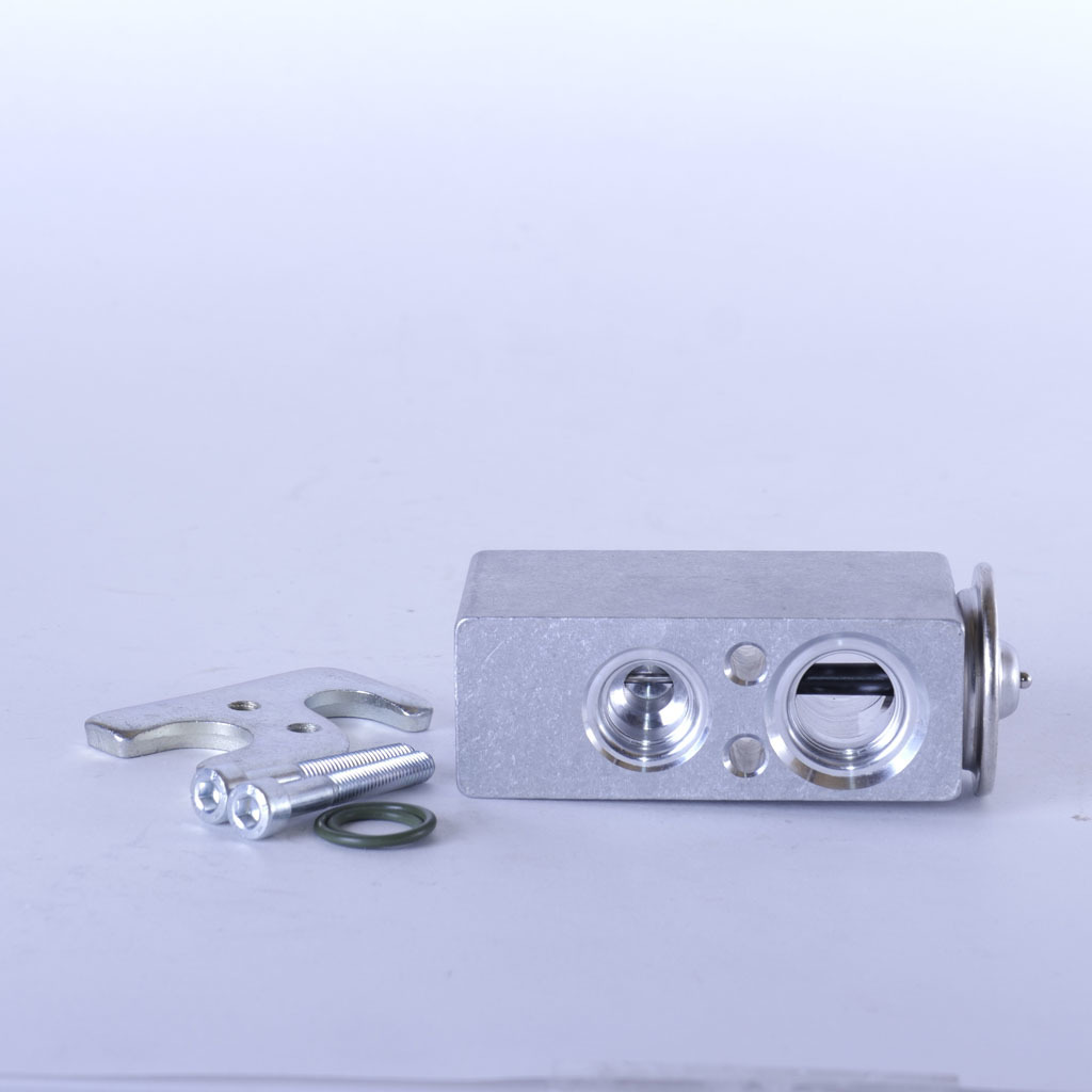 Клапан кондиционера (Блок ТРВ) LADA Largus