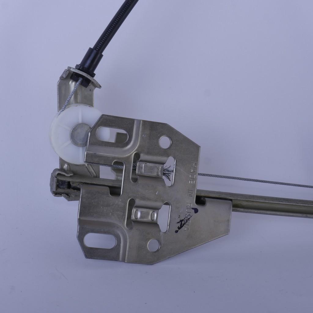 Стеклоподъемник ВАЗ-2109, -21099, -2114 и -2115 задний левый механический