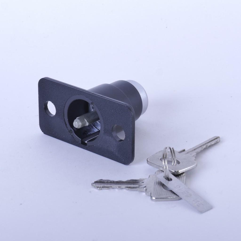 Замок крышки багажника ВАЗ-21099 с ключами